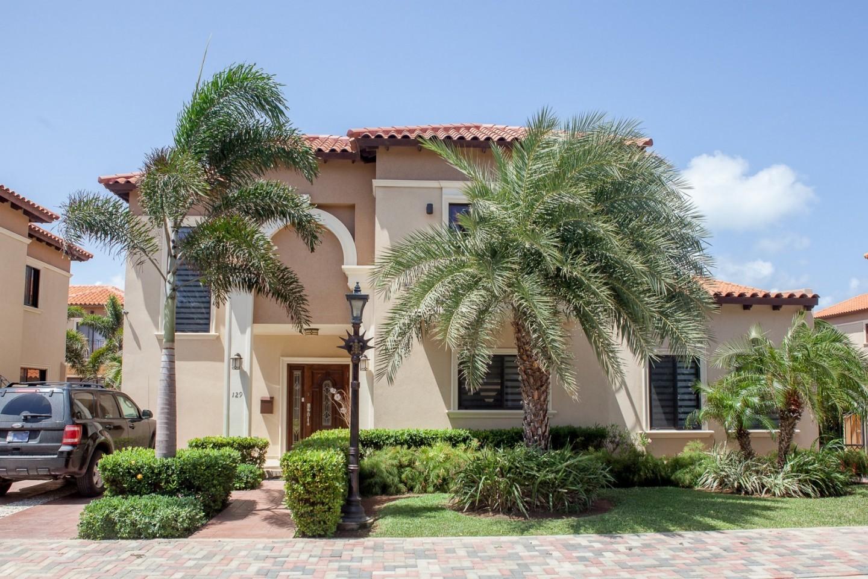 RE/MAX real estate, Aruba, West Punt, Lux Villa 129
